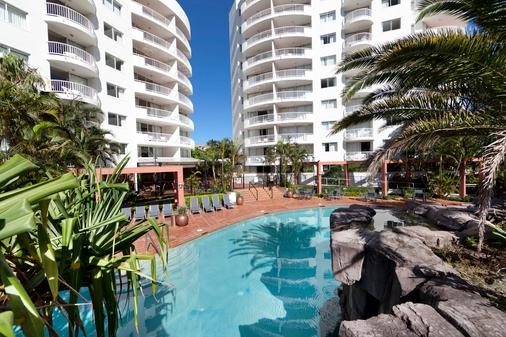 Alpha Sovereign Hotel - Surfers Paradise - Pool
