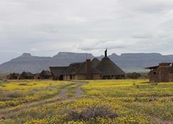 Hoodia Desert Lodge - Sesriem - Building