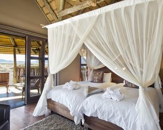 Hoodia Desert Lodge - Sesriem - Bedroom