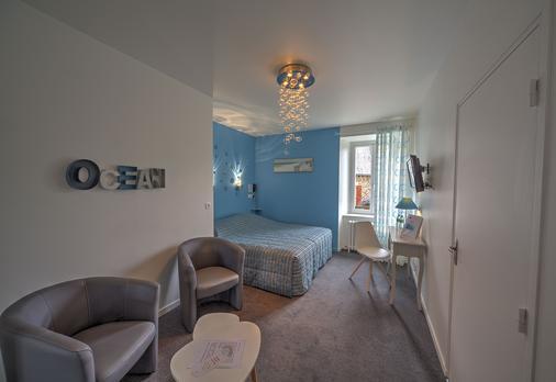 Hôtel de Paris - Murol - Bedroom