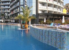Smartline Meridian Hotel - Nesebar - Piscina