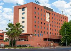 Extremadura Hotel - Καθέρες - Κτίριο