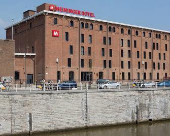 Meininger Hotels Bruxelles City Center - Bruxelles - Building