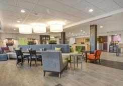 Home2 Suites by Hilton Irving/DFW Airport North - Irving - Lounge
