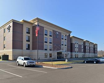Homewood Suites by Hilton Cincinnati/Mason - Mason - Building