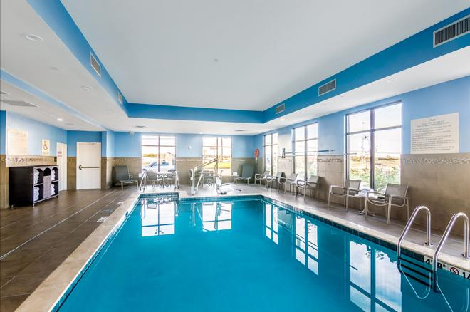 Hampton Inn Oklahoma City Northeast OK - Oklahoma City - Pool