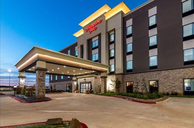 Hampton Inn Oklahoma City Northeast OK - Oklahoma City - Building