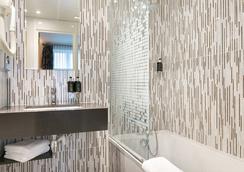 快樂文化勒卡丁努飯店 - 巴黎 - 浴室