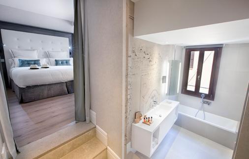 Boutique Hotel Posada Terra Santa - Mallorca - Kylpyhuone