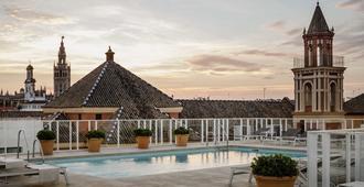 Hotel Fernando III - Seville - Pool