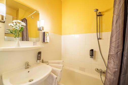 Alecsa Hotel Am Olympiastadion - Berlin - Bathroom