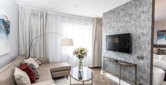 Balmoral Hotel, Belfast - Belfast - Living room
