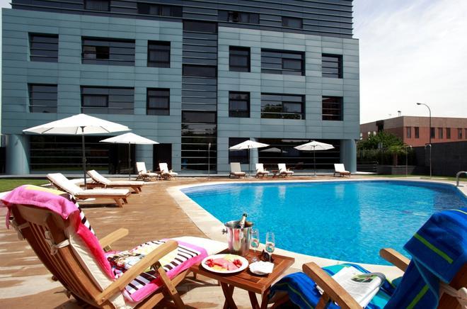 Hotel Nuevo Boston - Madrid - Uima-allas