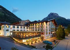 Gasthof Post - Lech am Arlberg - Budynek