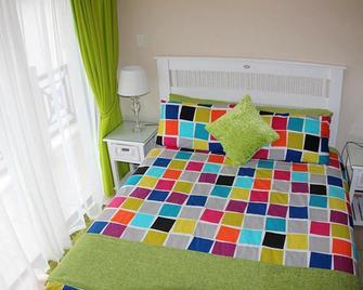 62 Topanga - Margate - Bedroom