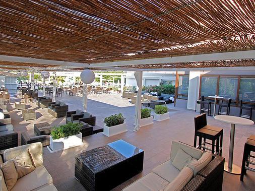 Hotel Caballero - Palma de Mallorca - Patio