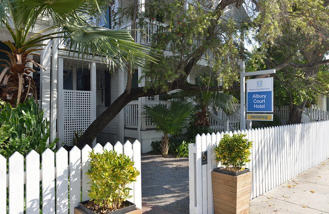 Albury Court Hotel - Key West - Rakennus