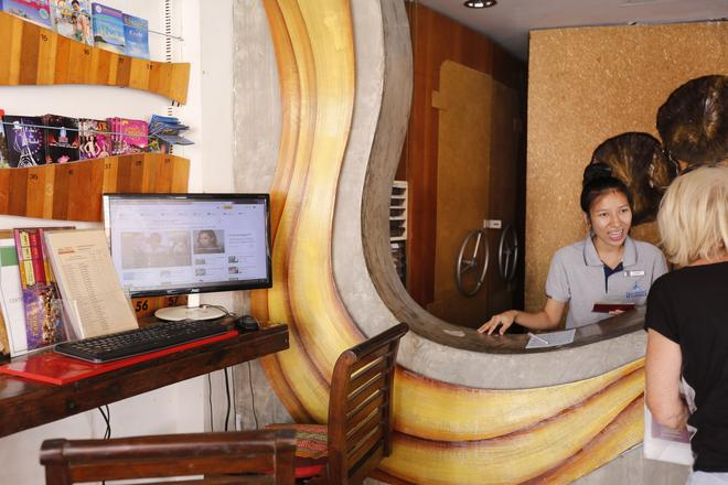 Baan Kamala Fantasea Hotel - Kamala - Front desk