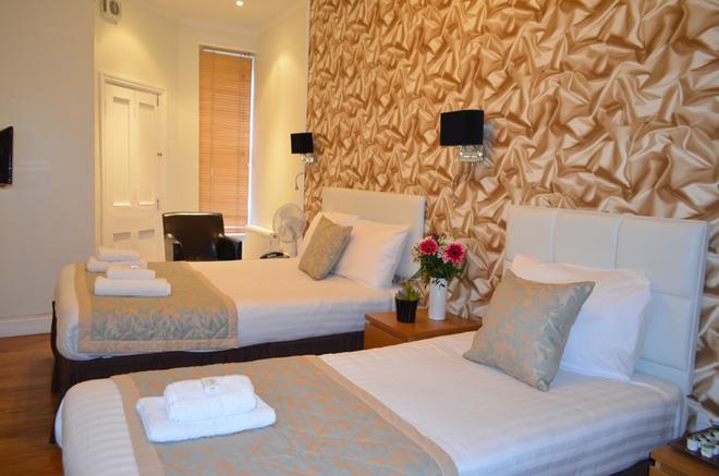 1 Lexham Gardens Hotel - Lontoo - Makuuhuone