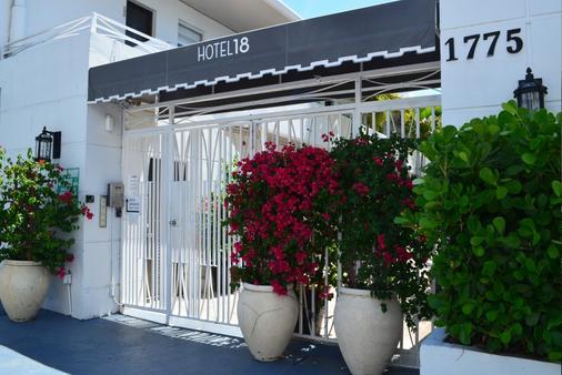 Hotel18 - Bãi biển Miami - Cảnh ngoài trời