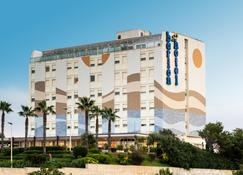 Barion Hotel & Congressi - Bari - Bangunan