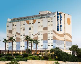 Barion Hotel & Congressi - Bari - Building