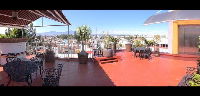 Hotel Las Américas - Morelia - Living room