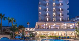 Lordos Beach Hotel - Larnaca - Building