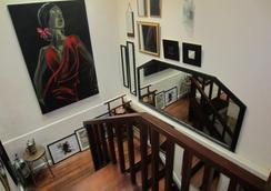 Casa Amapola Manila - Makati - Stairs