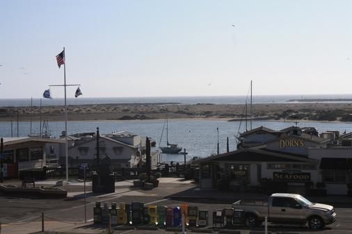 Sea Air Inn & Suites - Downtown Morro Bay - Morro Bay - Näkymät ulkona