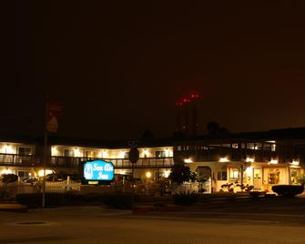 Sea Air Inn & Suites - Downtown Morro Bay - Morro Bay - Building