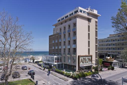 Hotel Adlon - Riccione - Rakennus