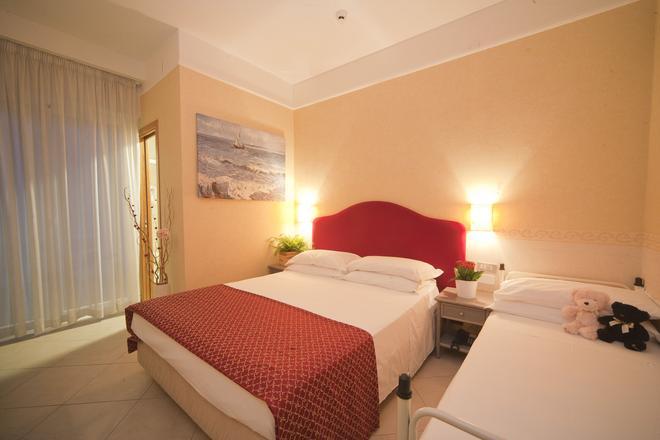Hotel Adlon - Riccione - Camera da letto
