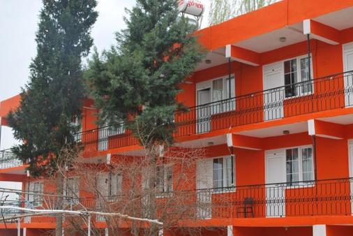 Dort Mevsim Hotel - Pamukkale - Building