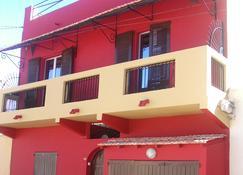 Chez Titi - Saint Louis (Senegal) - Edificio