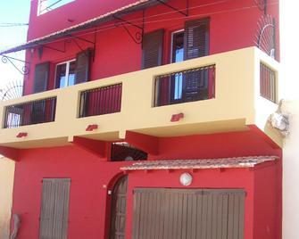 Chez Titi - Saint Louis (Senegal) - Gebouw