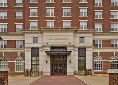 Residence Inn by Marriott Alexandria Old Town/Duke Street - İskenderiye - Bina
