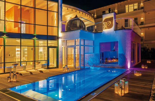 Lifestyle Resort Zum Kurfürsten - Bernkastel-Kues - Pool
