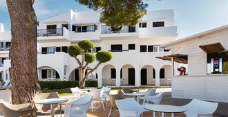 Hotel Palia Dolce Farniente - Santañy - Patio