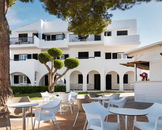 Hotel Palia Dolce Farniente - Santanyí - Patio