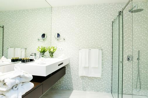 Pestana Porto - A Brasileira - Porto - Bathroom