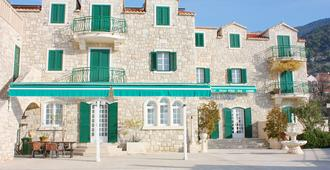 Hotel Ivan - Bol