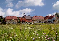 Dorfhotel Fleesensee - Göhren-Lebbin - Außenansicht