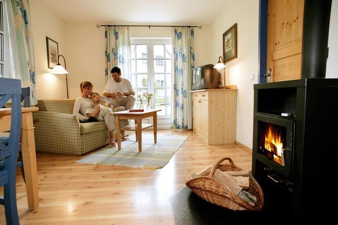 Dorfhotel Fleesensee - Goehren-Lebbin - Sala de estar
