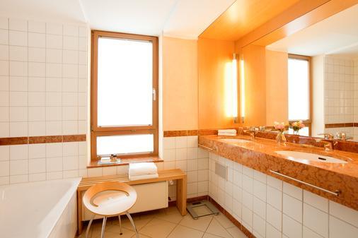 Steigenberger Hotel Remarque - Osnabrück - Bathroom