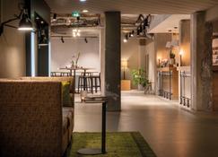 Seminaris Hotel Lüneburg - Luneburg - Lobby