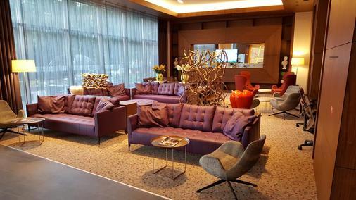 Hilton Garden Inn Eskisehir - Doryläum - Lounge