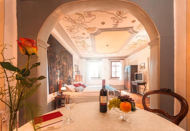 Lowen Hotel & Restaurant - Marktbreit - Living room