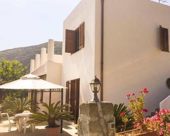 Casa Papiro B&b - Lipari - Building