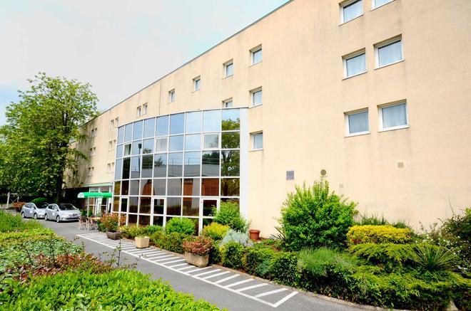 Greenhotels Roissy Parc des Expositions - Roissy-en-France - Gebäude